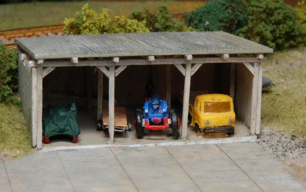 Die fertige Fahrzeughalle