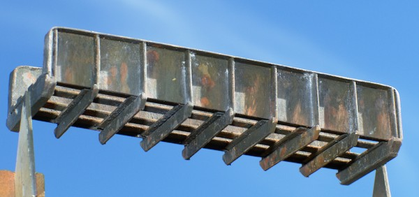Blechträgerbrücke: Lackierung